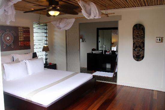 Wyspa Taveuni, Fidi: master bedroom, lower villa