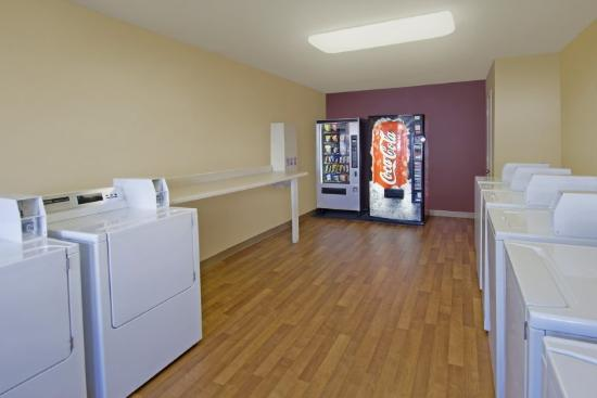 Crossland Economy Studios - Atlanta - Norcross: On-Premise Guest Laundry