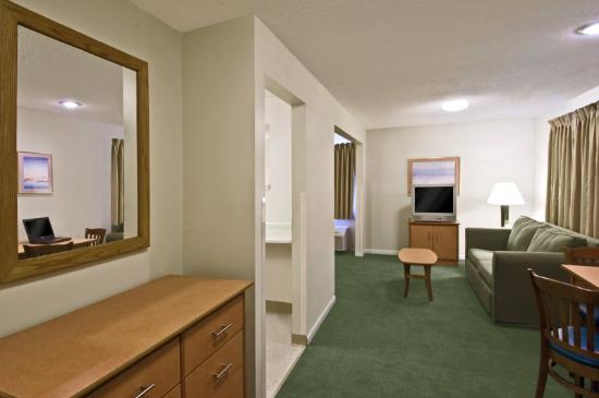 Extended Stay America - Louisville - Hurstbourne: Queen Deluxe Studio
