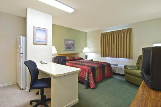 Extended Stay America - Louisville - Hurstbourne: Queen Studio