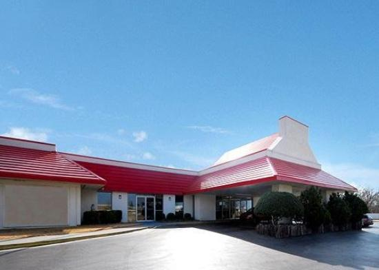 Econo Lodge Airport