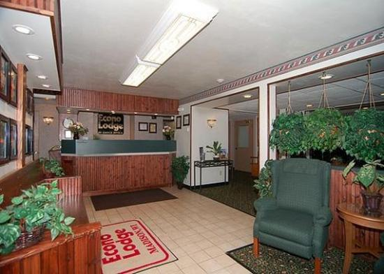 Econo Lodge Madison: Lobby