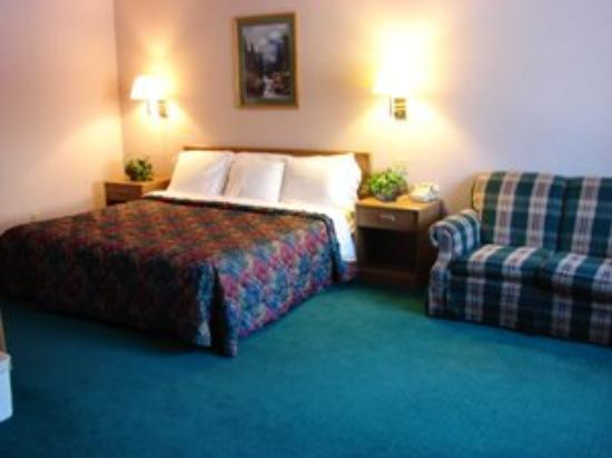 Allington Inn and Suites: Suite