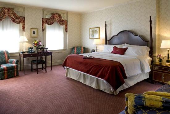 The General Morgan Inn: Guest room