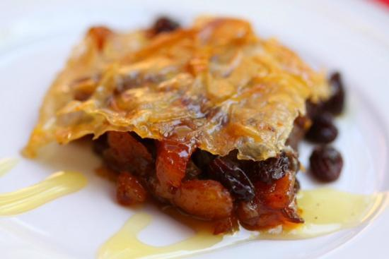 Touchstone Inn, Spa & Gallery: A special no nut baklava finished off the three course breakfast