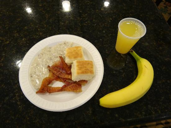 Holiday Inn Express Hotel & Suites Palm Bay: Breakfast