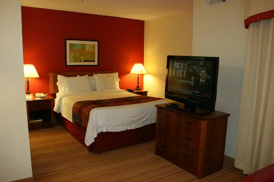Residence Inn by Marriott Huntsville: bedroom