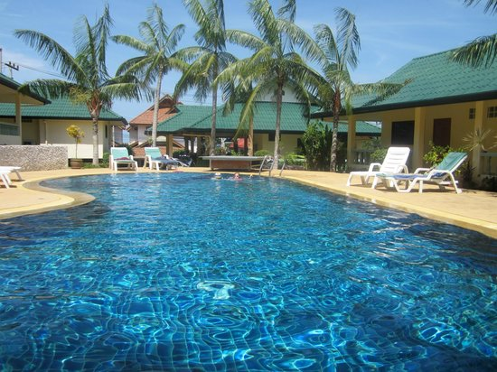 Samui Reef View Resort: Pool View