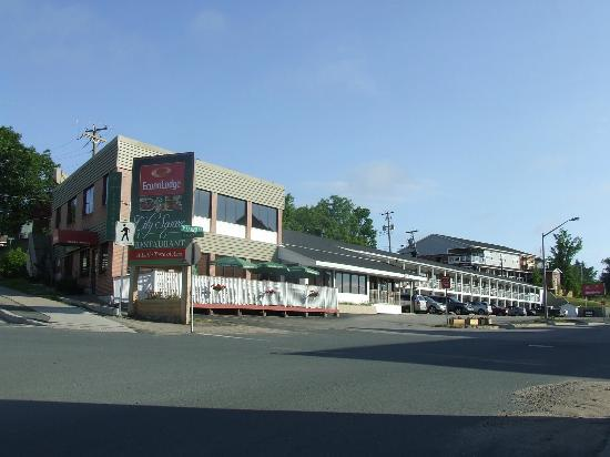 Econo Lodge Miramichi