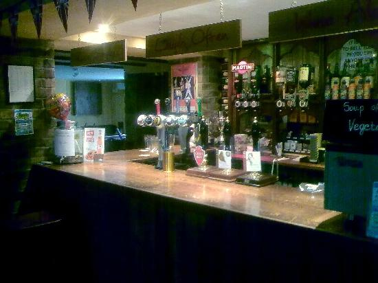 Travellers Rest Inn: A friendly bar with good real ales