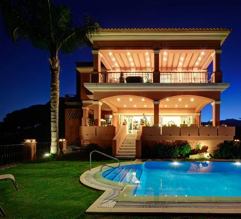 Front view The Marbella Heights Boutique Hotel
