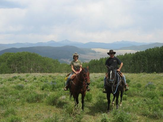 Waunita Hot Springs Ranch: Incredible view!