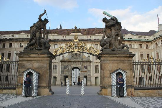 Presidential palace picture of castle district hradcany for Medieval hotel prague