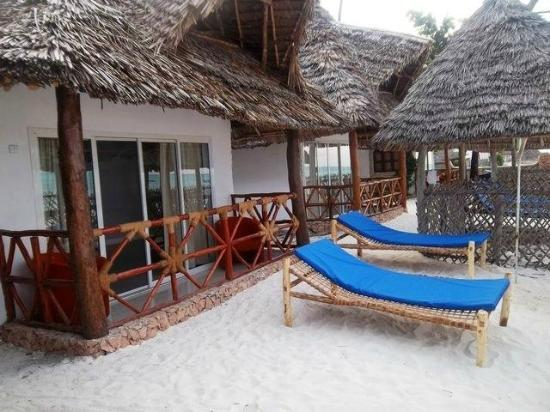 Jambiani White Sand Bungalows