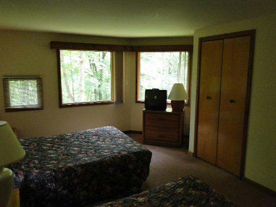 Shawnee River Village 2: 2nd Bedroom of River Village, Unit R-87