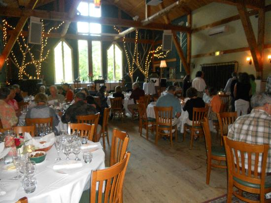 Inn at Crystal Lake & Pub: Wine, Dine and Diva dinner at the Southern Maine Arts Center