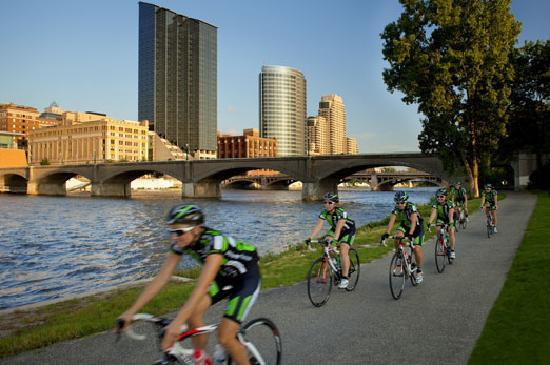 Grand Rapids, MI: Downtown running and biking trails.