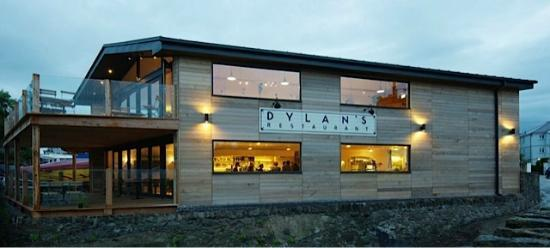 Menai Bridge, UK: Dylan's