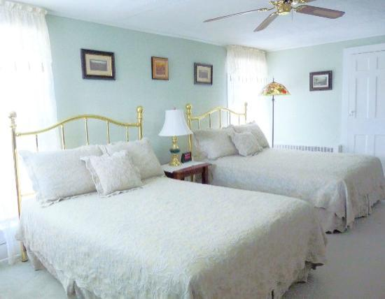 Photo of J.D. Thompson Inn Bed and Breakfast Tuckerton