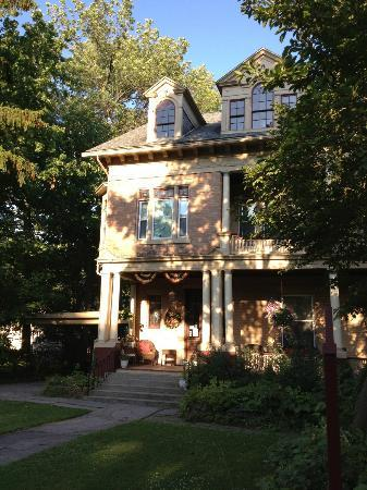 Barrister's Bed & Breakfast: Main building