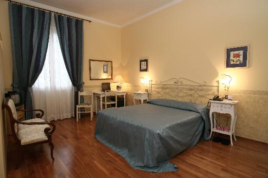 Photo of Andrea Hotel Florence