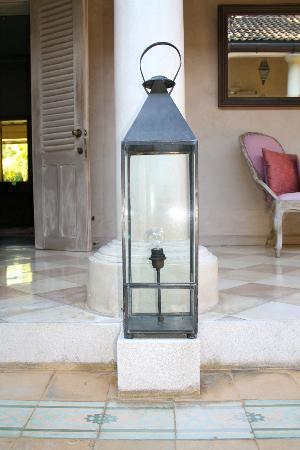 The Shaba Bali: Details - oversized lantern