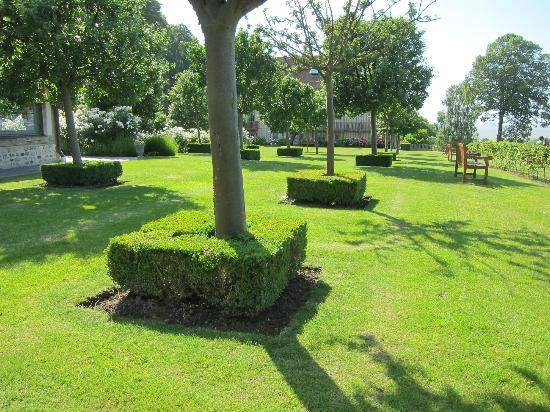 La Ferme Saint Simeon: Gardens