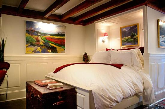 Armstrong Inns Bed and Breakfast: Garden Suite - Your private Inn