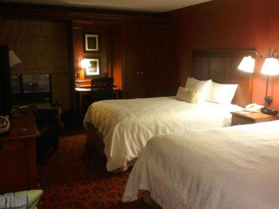 Hampton Inn Los Angeles/Santa Clarita: 2nd Floor Room-
