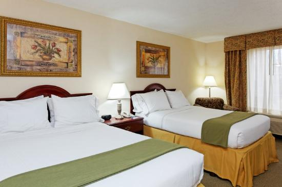 Holiday Inn Express Hotel &amp; Suites Hunstville-University Drive: Double Bed Guest Room