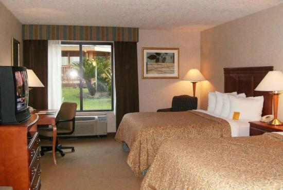 Holiday Inn Jacksonville - I-95 &amp; Baymeadows: Guest Room