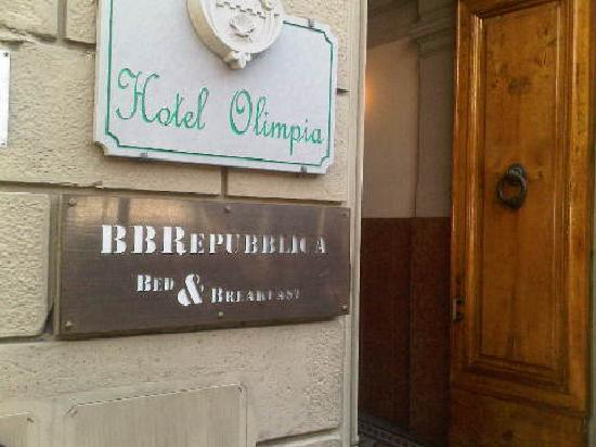 Bed and Breakfast Repubblica: B&amp;B Republicca sign