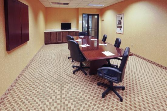 Holiday Inn Express Lebanon: Meeting Room