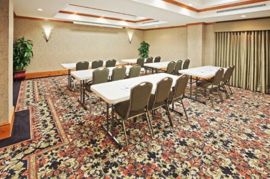 Holiday Inn Express Suites Lawton Fort Sill: Meeting Room