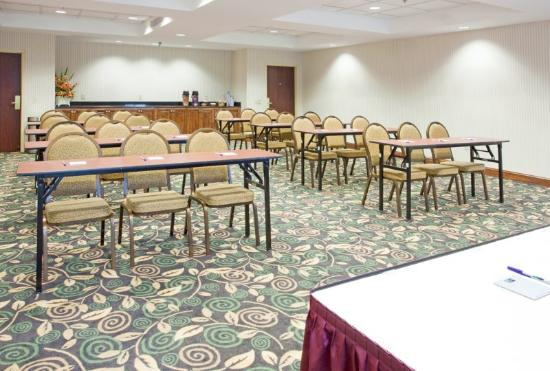 Holiday Inn Express Fayetteville - Ft. Bragg: Meeting Room