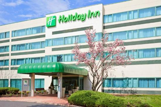 Holiday Inn Princeton: This Princeton hotel is home to thousands vistors