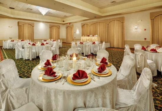Holiday Inn Express Hotel & Suites Easton: The perfect place for 'An Event to Remember'.