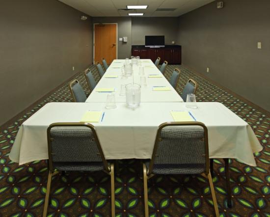 Holiday Inn Express Fort Smith: Meeting Room