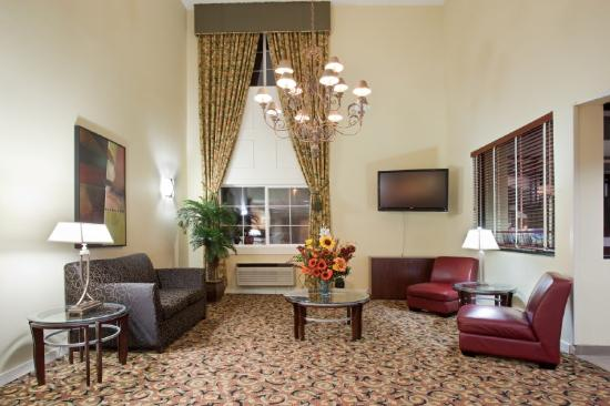 Holiday Inn Express Portland (Airport Area): Hotel Lobby
