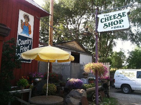 Marcia's Bed and Breakfast: Cheese Shop & Deli