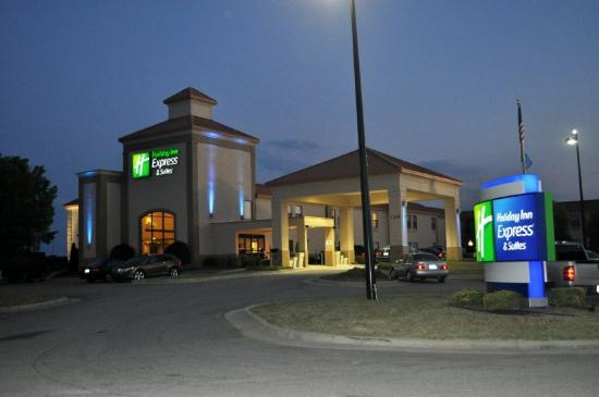 Holiday Inn Express Roanoke Rapids