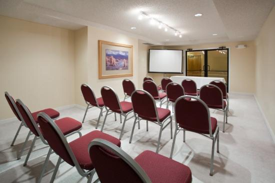 Ruidoso Mountain Inn: Meeting Room