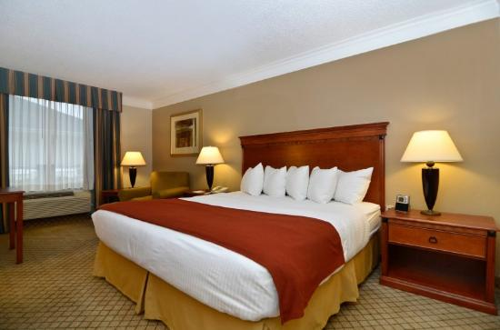 BEST WESTERN Plus Madisonville Inn