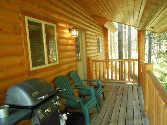 The Pines at Island Park: porch
