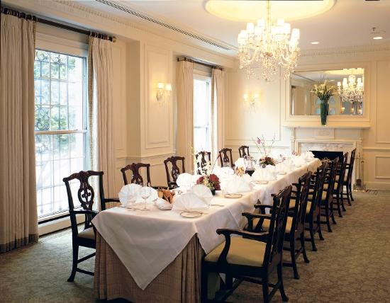 White house view room picture of the hay adams for Best private dining rooms washington dc