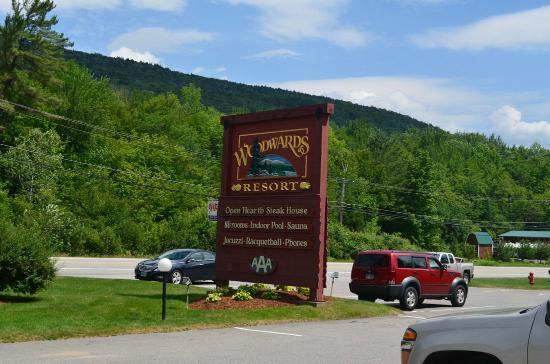 Woodward's Resort: Welcome sign