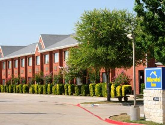 Microtel Inn by Wyndham Arlington/Dallas Area: Welcome to the Microtel Arlington