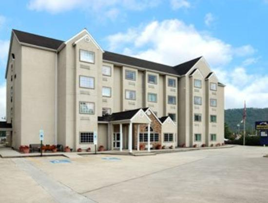 Microtel Inn & Suites by Wyndham Robbinsville: Welcome to the Microtel Inn and Suites Robbinsvill