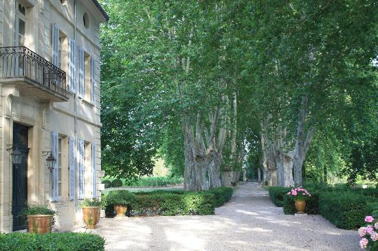Domaine Le Vallon en Provence: The house