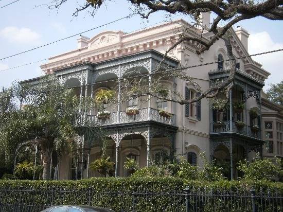 A beautiful home picture of garden district new orleans Garden district new orleans